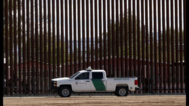 Border patrol continues to face an overwhelming number of migrants