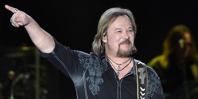 Travis Tritt likened vaccine requirements at concerts to 'discrimination.' (Getty Images)