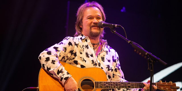 Travis Tritt is known for his song 'Smoke in a Bar.' (Getty Images)