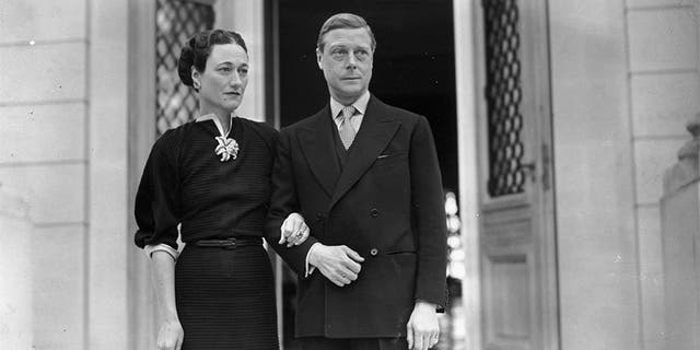 The Duke (1894-1972) and Duchess (1896-1986) of Windsor (formerly Edward VIII and Wallis Simpson) at their home, the Villa La Croe in Cap D'Antibes, Cannes in France.