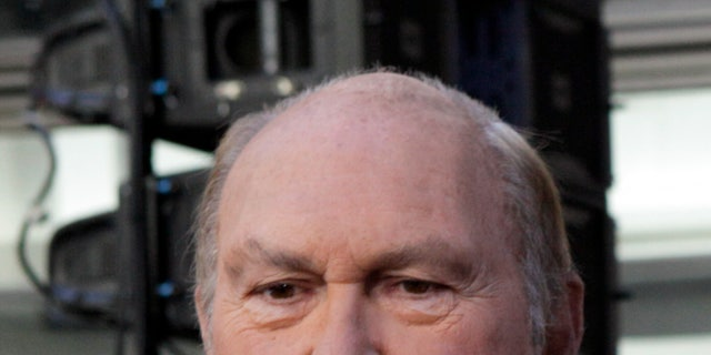 """Willard Scott, weathercaster on the NBC """"Today"""" television program, appears on the show in New York Tuesday, July 14, 2009. (AP Photo/Richard Drew)"""