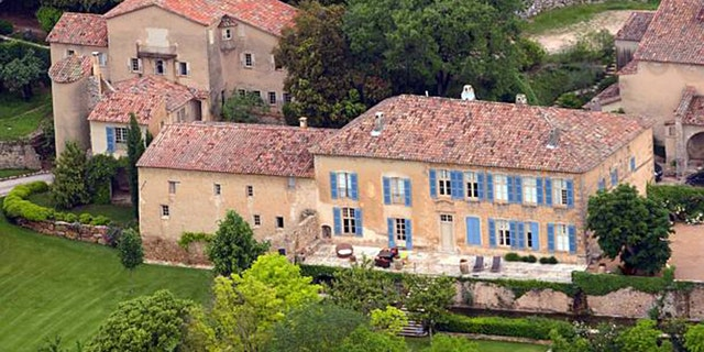 An aerial view taken on May 31, 2008 in Le Val, southeastern France, shows the Chateau Miraval, a vineyard estate owned by companies helmed by exes Brad Pitt and Angelina Jolie.